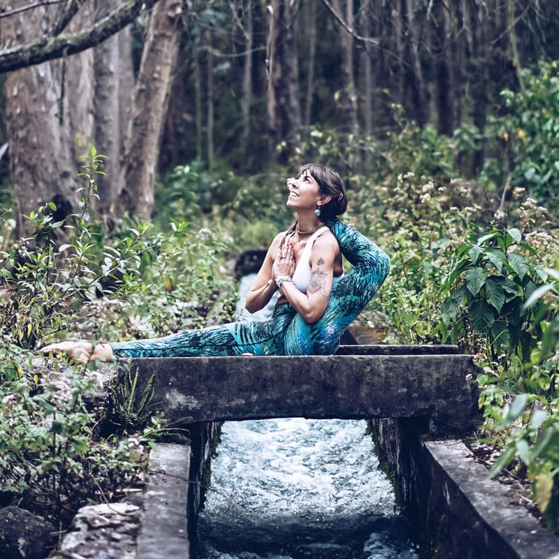 teacher-training-vikara-retreat-wellbeing-ecuador-surf-yoga-community-plant-medicine
